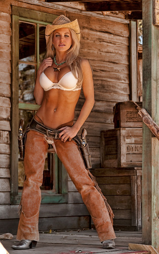 Country cowgirl naked model