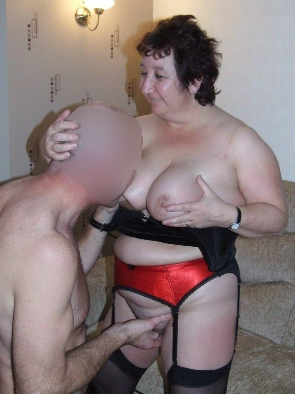 amateur fuck huge cock for first time