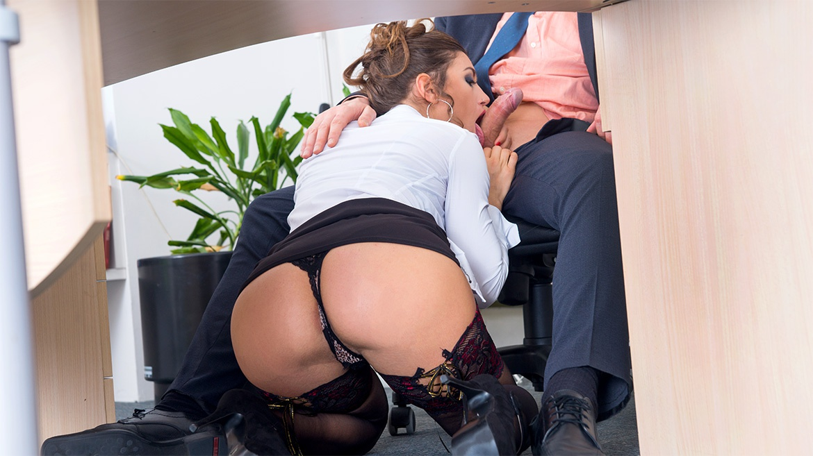 Office porn pussy